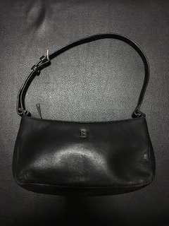 Bonia Classic Handbag in Black
