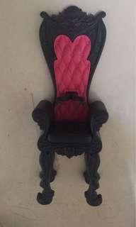 MH chair