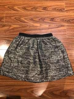 ARITZIA- Wilfred Skirt/ Size 6/ with Pockets