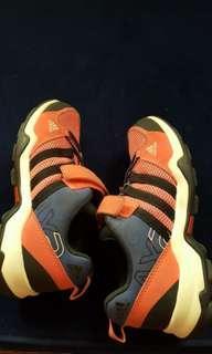 Original Adidas AX2