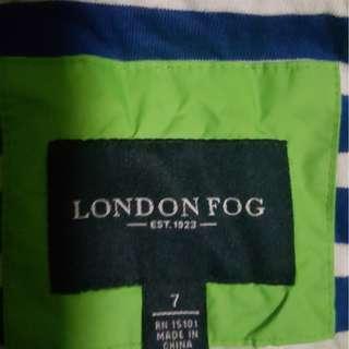 Londog Fog raincoat