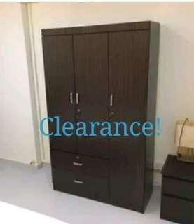 Clearance! 3 Door Wardrobe Bedroom Free Delivery Furniture