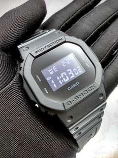 * FREE DELIVERY * Brand New 100% Authentic Casio GShock Stealth Black Minimalist Design Mens Digital Watch DW-5600BB-1DR DW5600BB