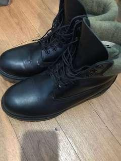 🚚 【可換 nintendo switch】Timberland 防水皮革高雅黑 防水靴 高筒鞋 冬天必備