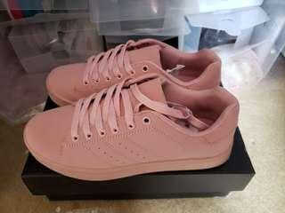 Truffle Colour Drench Trainer