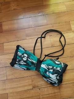 Wet shop bikini top