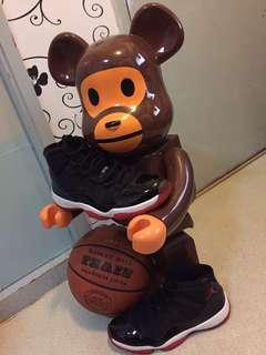 Nike Jordan 11 Bred