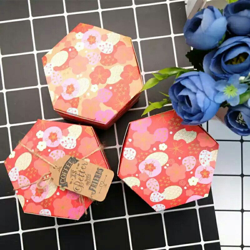 Sakura Christmas Party.10pcs Lot Cherry Blossom Christmas Party Baking Box Sakura Hexagon Chocolate Candy Gift Cake Box New Year Decoration Package 10 Pieces