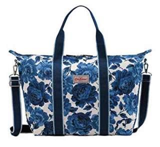 112394cdef96 Cath Kidston Foldaway Overnight Bag Navy Peony Blossom