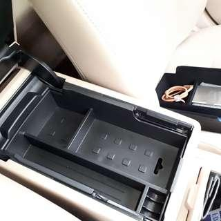 Toyota Camry Center Console Organiser Tray