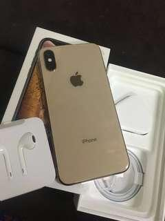iPhone xs 256GB in Gold