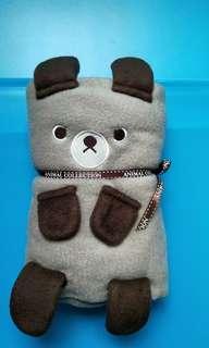 全新小熊抱毯(冷氣毯)