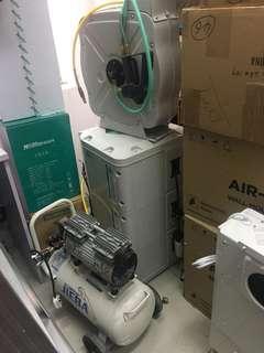 水,电,气鼓一套$1600 水,气混合鼓一个$800 30L气泵一个$600 如三样买晒$2500