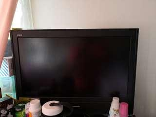 "Panasonic TX-26LE7M 26"" LCD TV"
