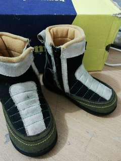 #momjualan sepatu babymilioner boots