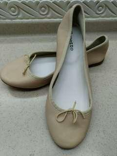🈹🈹🈹👠 Brand new Repetto super comfy shoes (size 42)