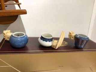 Antique bird/puteh cup with holder (price indicated for each piece) 古董鸟食罐/杯