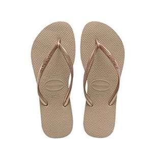 Havaianas - Rose Gold Thongs