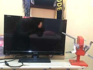 TV LED Sharp Aquos 24 inch