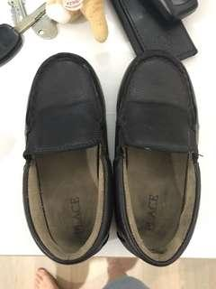 Sepatu children place no 9 (no27)