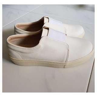 Sneaker - White PVC Canvas Slip-on (New)