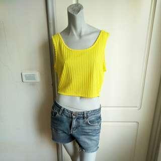 🚚 【onsale】80.90年代Louis Feraud Paris黃色針織短背心-42號