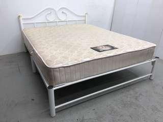 Queensize Metal bedframe + mattress
