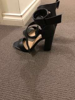 Siren shoes