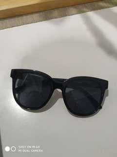 Sun glasses miniso (good condition)