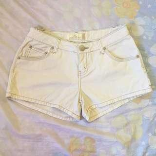 JORDACHE Cream Low Rise Shorts