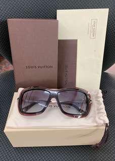 附購買證明 Louis Vuitton 路易威登 太陽眼鏡 (紅色)