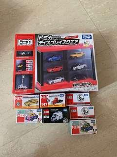 Tomica Set with cars
