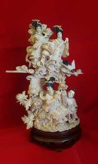 Antique Ivory Carvings 象牙雕