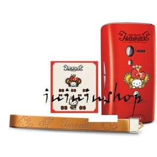 包郵 全新 Hello Kitty X Sony Ericsson 女皇飾物套裝 Bling Bling 電話貼紙 手機繩 相機帶