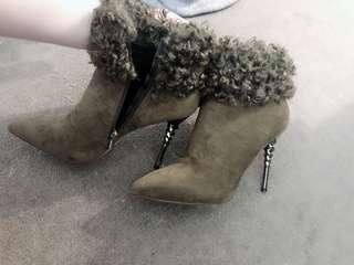 Fluffy high heels