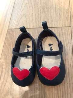 #momjualan Baby GAP shoes size 6-12mos