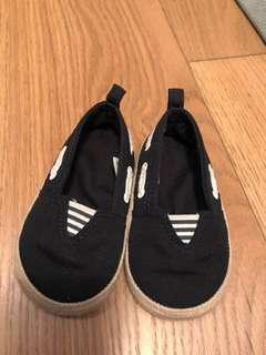 #momjualan Mothercare Slip on shoes size uk 3
