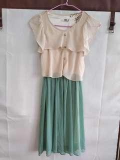 🚚 Tiffany藍 連身裙 荷葉袖