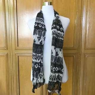 Black and White Printed Scarf