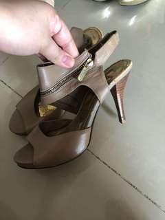 Sepatu Heels Coklat Hak Tinggi 12cm