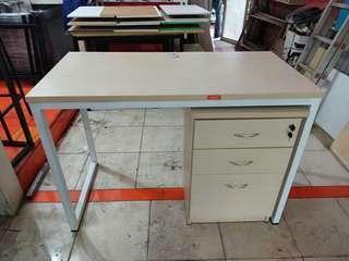 1set meja kerja + laci
