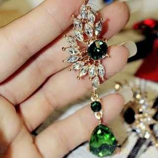 Anting hijau