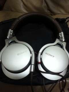 Sony MDR 1R Headphone 耳機