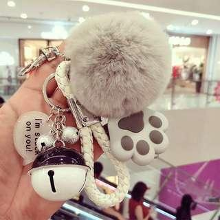 🚚 Creative cute keychain 😍