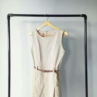 Dress outer cream