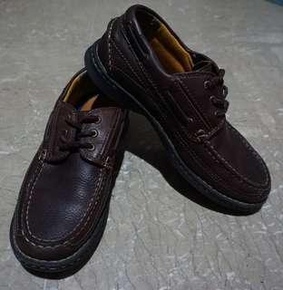 DOCKERS | Leather Casual Shoes (Size 9)