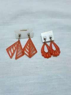 Vintage red ish earrings set (2pcs)