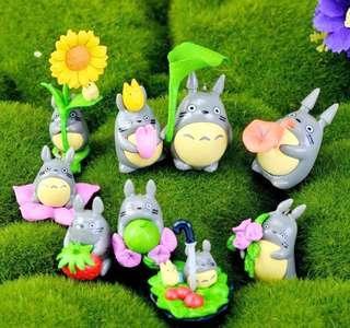 Deco: Totoro Figurines (Many designs)