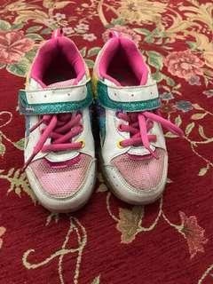 #jualanibu Sepatu merk crocodile ,ada sepatu rodanya,bisa di pke rodanya,bisa di tutup rodanya.. size 28