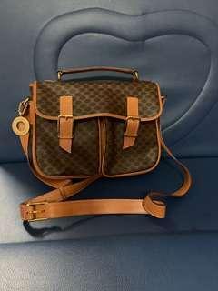 Authentic celine vintage bag, 80%new, good conditions as pic, size 25*20*8cm